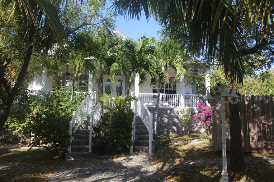 Bahamas MOW House