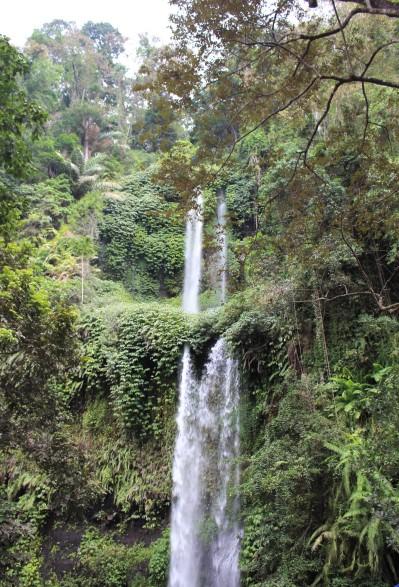 INDO Lombok Waterfall