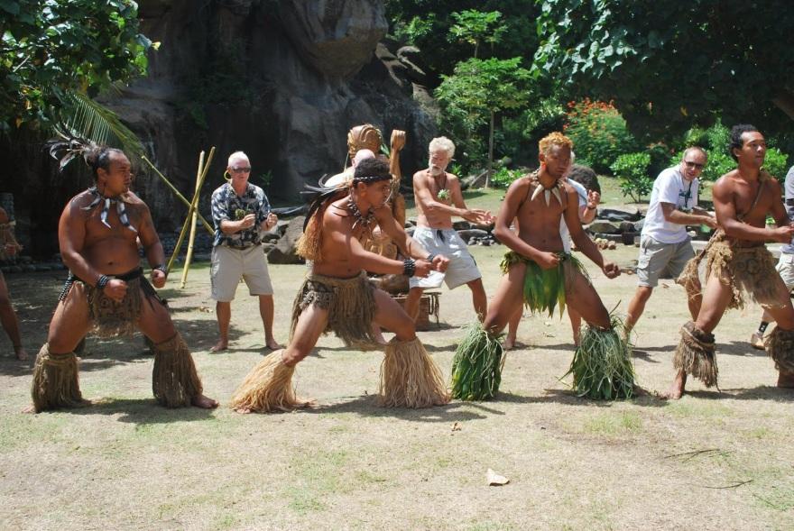 Marq Ua Pou Dancers2