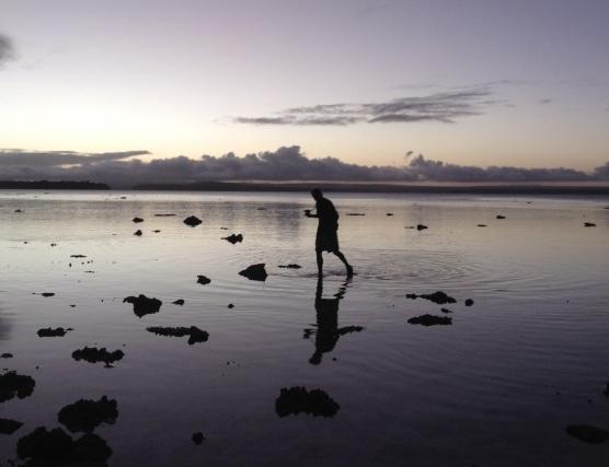 Tonga Wading